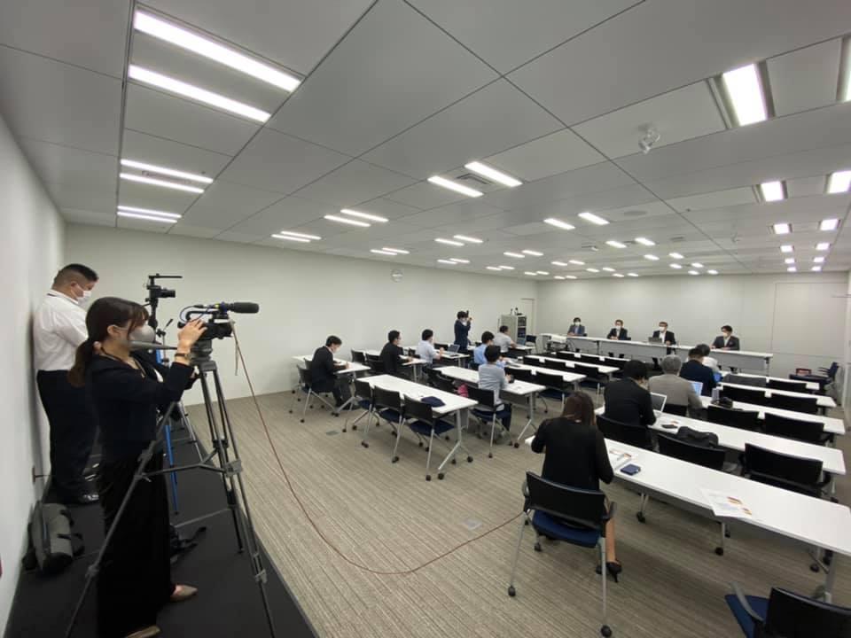 横浜市会定例会にて自民党・無所属の会定例記者会見